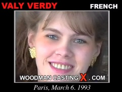 Check out this video of Vally Verdi having an audition. Erotic meeting between Pierre Woodman and Vally Verdi, a French girl.